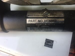 Hydraulic stealing ram for outboard motor they were on a BF130 Honda motor for Sale in Brooklyn, NY