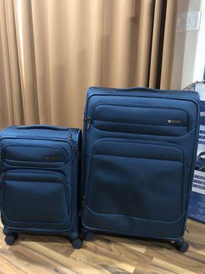 Display model luggage set for Sale in Woodbridge, VA