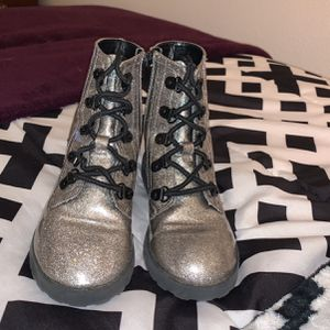 Girls Sparkly Ankle Rain Boots for Sale in Vancouver, WA