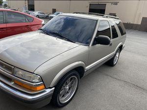 2001 chevy blazer v8 for Sale in Fontana, CA