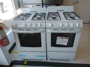 Hotpoint gas stove new 6 months waranty for Sale in Washington, DC