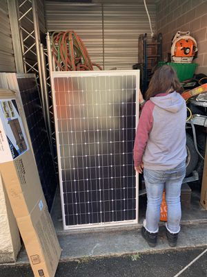 2x5 foot 150watt solar panels for Sale in Bothell, WA