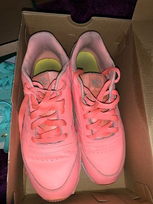 Pink Reebok Shoes for Sale in Columbus, OH
