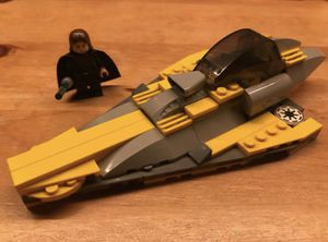 LEGO Anakin Skywalker and Yellow Star Fighter for Sale in Garden Grove, CA