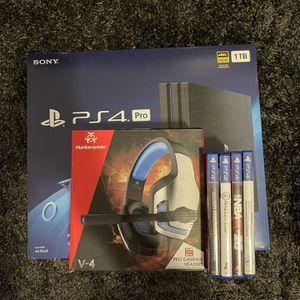 PS4 Pro Bundle Open Box for Sale in Hialeah, FL