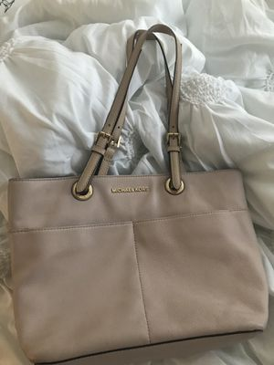 Michael Kors Like New Rose Gold for Sale in Clearwater, FL