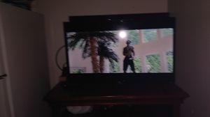 32' TCL ROKU flat screen HD TV for Sale in Kent, WA