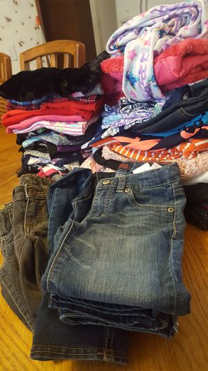 size 6 (40pcs) for Sale in Crosby, TX