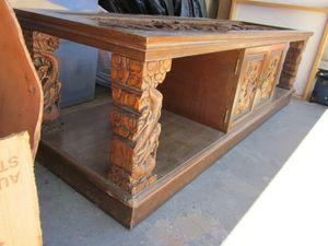 Wood Carved Coffee Table and End Tables Antique for Sale in Las Vegas, NV