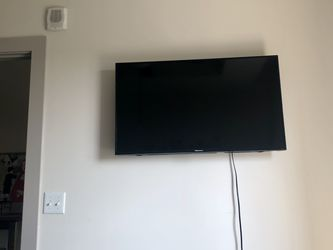Smart TV for Sale in McLean,  VA