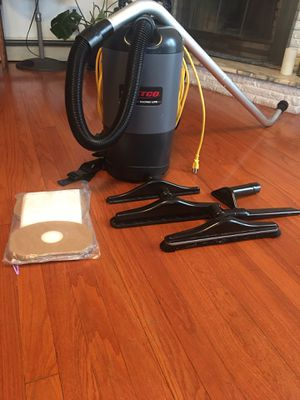 Betco Bacpac lite commercial vacuum for Sale in North Bergen, NJ