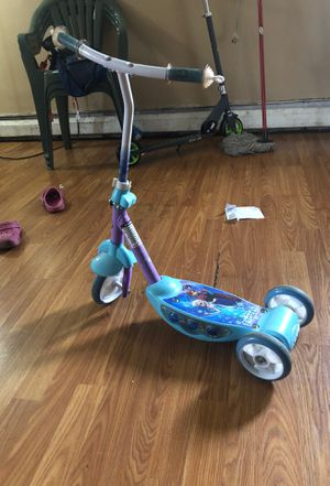 Frozen scooter for Sale in Minneapolis, MN