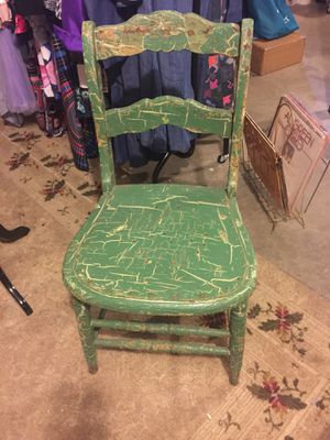 Antique Rustic Wood Chair. Just need a Little Love❤️ for Sale in Nashville, TN