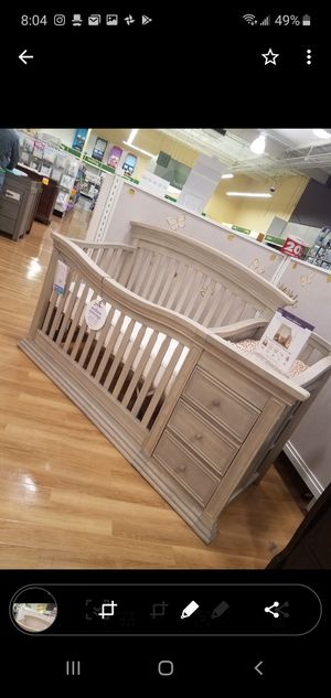 Sedona Rustic Taupe - 4 in 1 w/changing Table for Sale in San Jose, CA