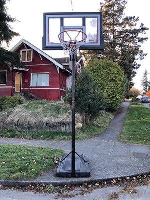 Lifetime brand Basketball hoop for Sale in Seattle, WA