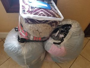 Free Womans Clothes for Sale in Corona, CA