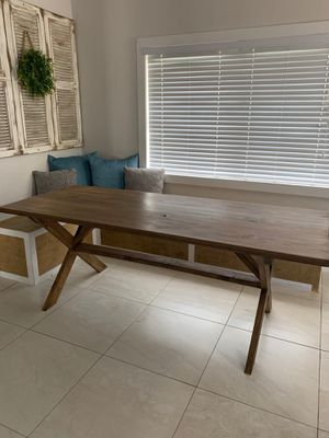 """Farmhouse Dining Table: 7' L x 33"""" W x 30.5"""" H (Price Reduced Wont take less then Asking Price) for Sale in Hialeah, FL"""