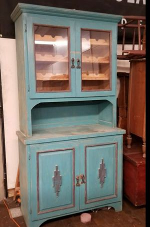 Vintage hutch/ wine cabinet for Sale in Londonderry, NH