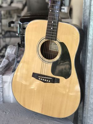 IBANEZ ACOUSTIC GUITAR for Sale in Miami, FL