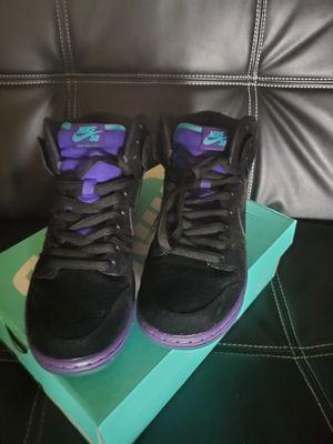 Nike sb black grape size 9.5 $200 for Sale in Harvey, LA