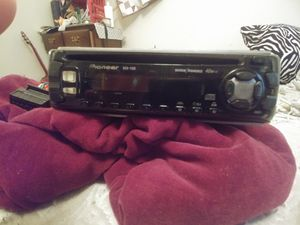 Car Stereo (Pioneer) for Sale in St. Peters, MO