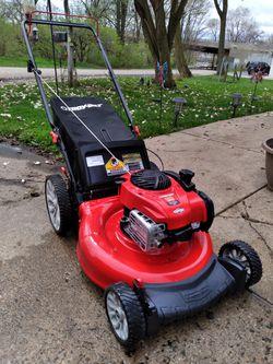 "LIKE-NEW Troy-Bilt 21"" Inch Push Lawnmower W/Bag And High Rear Wheels for Sale in Aurora, IL"