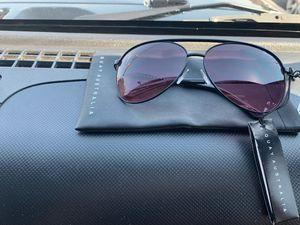Quay sunglasses brand new !! for Sale in Manassas, VA