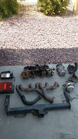 Jeep Cherokee parts xj for Sale in Laveen Village, AZ