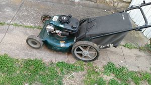 Craftsman 6.0 lawn mower for Sale in Kansas City, MO