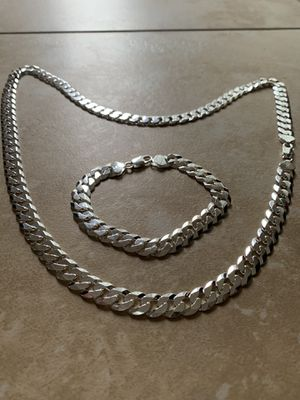 80 Gram Chain With Bracelet for Sale in Vernon Hills, IL