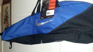 NIKE BASEBALL BAT BALL BAG KEYSTONE DURABLE FENCE CLIP NEW for Sale in Lakewood, CA