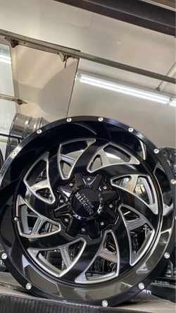 20x10 8x165 mudster off road rims with tires full package for Sale in Madison Heights,  MI