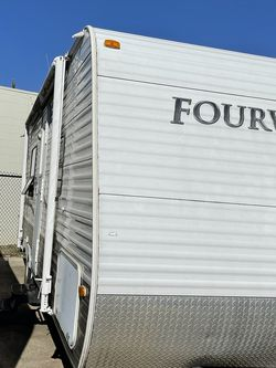 2011 26ft Fourwinds with bunks for Sale in Fort Worth,  TX