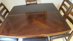 Dining table with 6 chairs for Sale in Ashburn, VA
