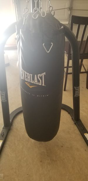 Stand and Everlast body weight bag for Sale in Grayson, GA