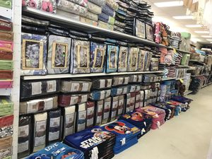 Kids comforters and bedspreads for Sale in Lawrenceville, GA