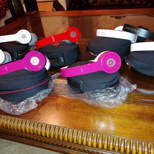Beats SOLO HD no wireless for Sale in Downey, CA