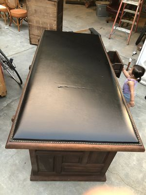 Antique Desk Late 1960s for Sale in San Jose, CA