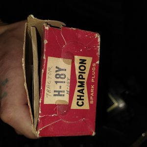 H-18y Tractor Spark Plugs for Sale in West Columbia, SC