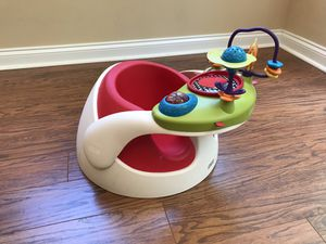 Mamas & Papas Baby Snug Infant Positioner for Sale in Knoxville, TN