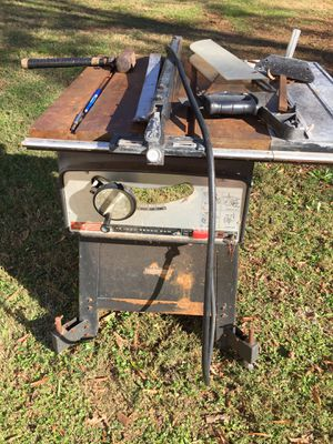 Sears 10 inch table saw work great no room for it for Sale in Charlotte, NC