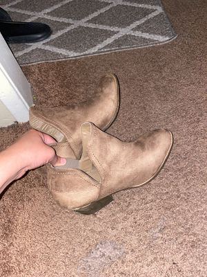 Boots size 10 women's for Sale in San Diego, CA