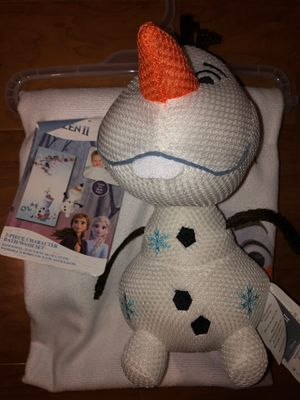 New Disney Olaf towel and Olaf for the water for Sale in Chula Vista, CA