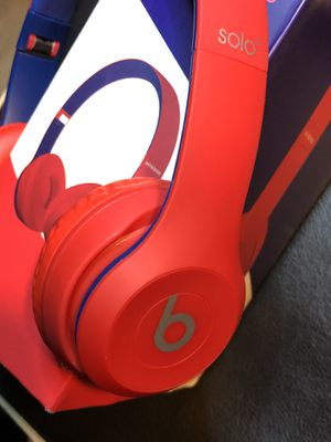 Solo3 Wireless headphones for Sale in Los Angeles, CA