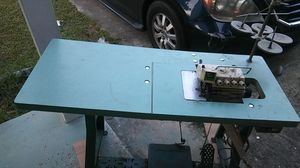 SEWING MACHINE for Sale in Rockledge, FL