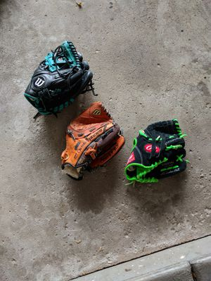 Baseball Gloves for boys for Sale in Downers Grove, IL