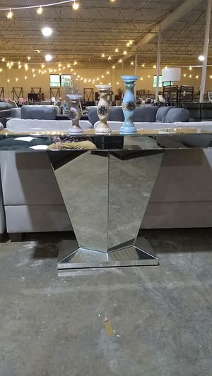 Badass glass console table for Sale in Dallas, TX