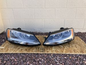 2011 - 2017 VW Jetta OEM headlight, driver and passenger side, headlamp, front light, car parts, auto parts for Sale in Glendale, AZ