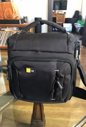 Case logic camera case for small camera or lens for Sale in San Diego, CA