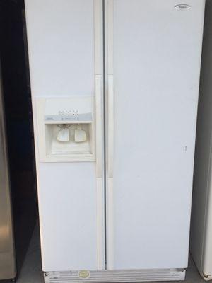 Refrigerator whirlpool for Sale in Hemet, CA